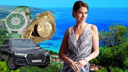 Отдыхи за тысячи долларов и часы с бриллиантами: королевская жизнь жены прокурора