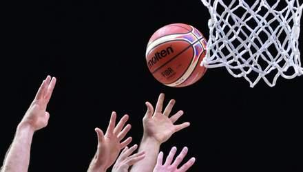 Українську баскетбольну команду покарали через підставного гравця