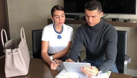 Кріштіану Роналду і його наречена відкривають клініку з пересадки волосся в Мадриді