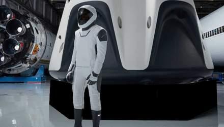 SpaceX запустить корабель Crew Dragon з жіночим манекеном на борту