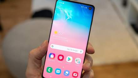 Смартфон Samsung Galaxy S10 проверили на прочность: видео