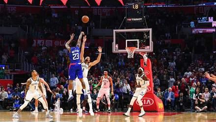 Баскетболисту НБА удался сумасшедший бросок одновременно с финальной сиреной: видео