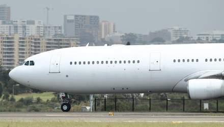 Який вигляд має перший літак Boeing 737 MAX 8 для України: фото
