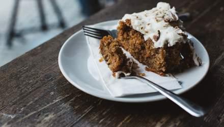 Четыре причины, почему нас тянет на сладкое