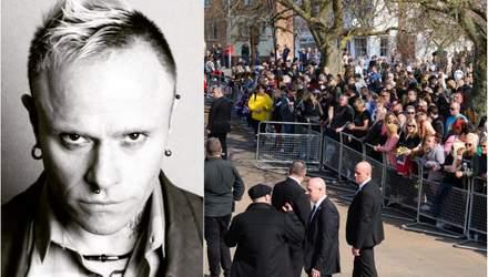 Похорон Кіта Флінта: сотні шанувальників прийшли провести його в останню путь