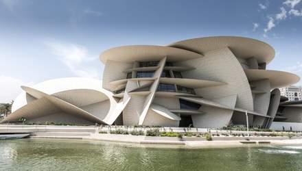 Роза пустыни: здание Национального музея Катара поражает снаружи и внутри