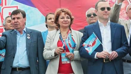 Мать дуэта ANNA MARIA засветилась на параде оккупантов в Крыму