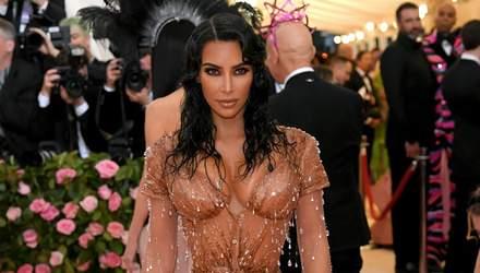 Прозрачные платья и сексуальные декольте: какие звезды отличились на Met Gala 2019