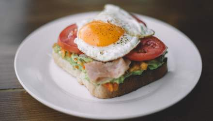 Скільки потрібно їсти яєць, щоб вберегтися від сліпоти