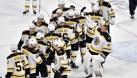 """""""Бостон"""" в суху розгромив """"Кароліну"""" і став першим фіналістом НХЛ: відео"""