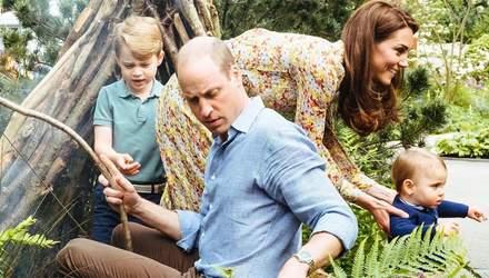 Кейт Миддлтон и принц Уильям поделились семейными снимками с детьми: милые кадры