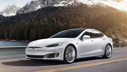 Змагання двох Tesla: Ілон Маск продемонстрував основні переваги швидкісних тунелів