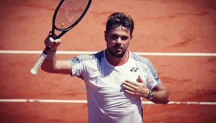 Швейцарский теннисист благодаря невероятному удару в линию победил на Roland Garros: видео