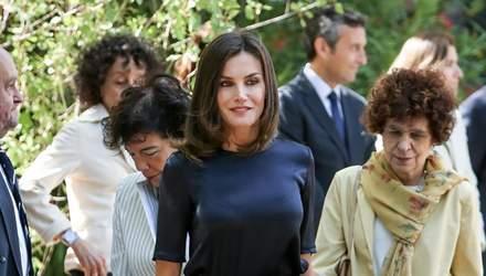 Королева Іспанії Летиція оконфузилась через своє вбрання: пікантні фото
