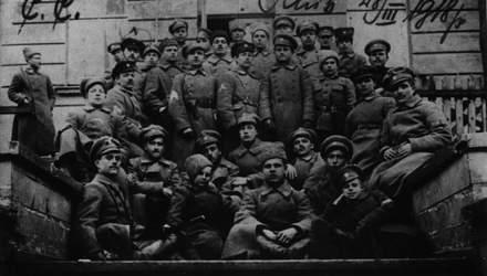 Окружена врагами: как Украину разделили Россия и Польша