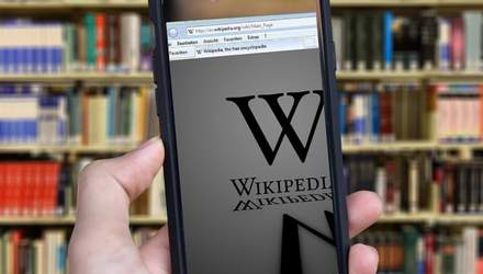 У Львові відкрили першу в Україні Wiki бібліотеку: яскраві фото