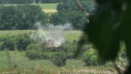 Журналісти 24 каналу потрапили під обстріл на Луганщині: репортаж з передової