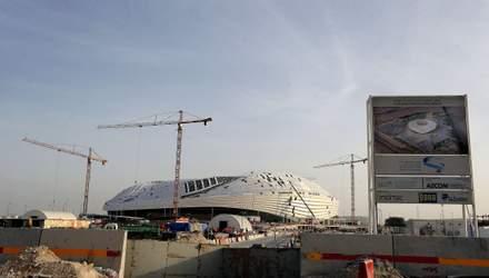 Во время строительства стадионов в Катаре к ЧМ-2022 погибли 1400 строителей из Непала