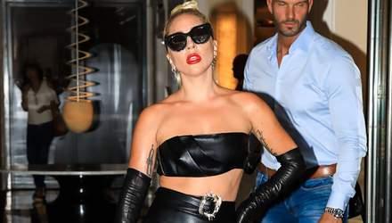 Леди Гага эпатировала в сексуальном наряде: горячие фото