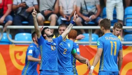 """""""Дніпро-1"""" офіційно підписав одразу трьох зіркових футболістів"""