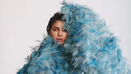 В цветах и перьях: Приянка Чопра снялась в роскошных образах для британского Elle