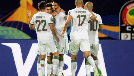 КАН: Мадагаскар сенсационно вышел в 1/4 финала, Алжир обыграл Гвинею (видео)