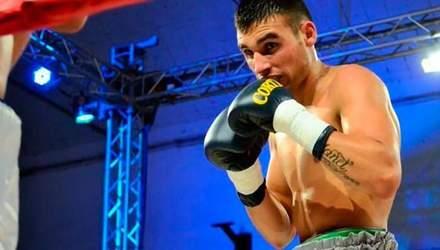 Після бою помер аргентинський боксер Уго Сантільяна (18+)