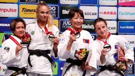 Чемпионка мира Билодид спела гимн во время награждения: видео