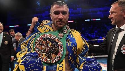Ломаченко приміряв три чемпіонські пояси: яскраві фото