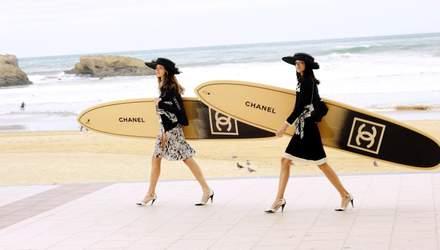 Представители Chanel призвали журналистов не сравнивать другие марки с модным домом: детали