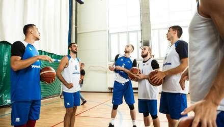 Збірна Україниз баскетболу опустилася одразу на 10 позицій у рейтингу ФІБА