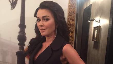 Акторка Анастасія Заворотнюк потрапила до реабілітаційної клініки з парезом, – ЗМІ