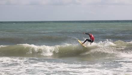 В Одессе прошли всеукраинские соревнования по серфингу: фото