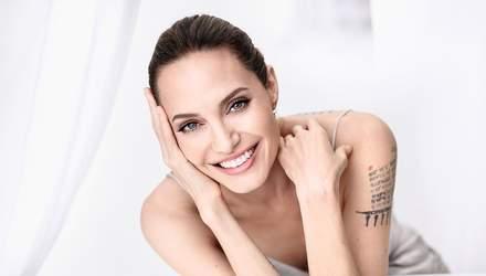 Еще больше сексуальности от Анджелины Джоли: актриса снялась для эротической обложки глянца