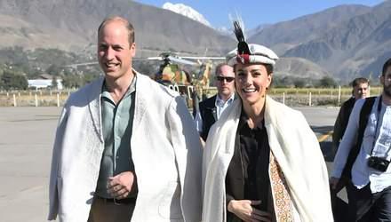 Принц Вільям та Кейт Міддлтон побували на кордоні з Афганістаном: промовисті фото