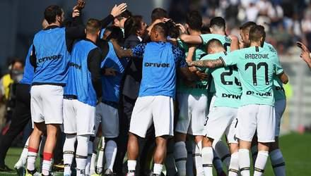 """""""Рома"""" снова не победила, """"Интер"""" в сумасшедшей игре отстоял победу: результаты 8 тура Серии А"""