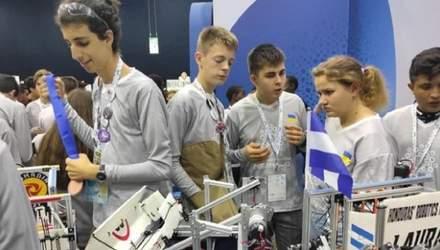 Команда украинских школьников попала в ТОП-10 всемирной олимпиады по робототехнике