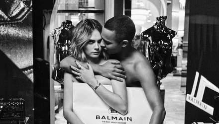 Актриса Кара Делевинь и модельер Оливье Рустен снялись голыми для рекламы Balmain (18+)