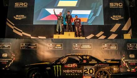 Украинец Дмитрий Ильюк на патриотической машине стал первым победителем соревнований по дрифту