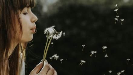 Прыщи перед менструацией: почему возникают и как от них избавиться