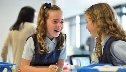У Великій Британії хочуть запровадити ґендерно-нейтральну шкільну форму