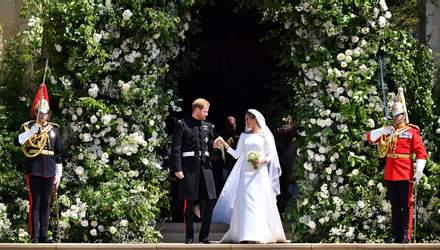 Принц Гаррі та Меган Маркл опублікували фото з весілля, якого ще не було в мережі