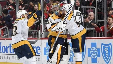 Голкипер забил невероятный гол броском из своих ворот в матче НХЛ: видео