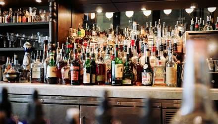 Алкоголь сприяє ожирінню: яка калорійність напоїв