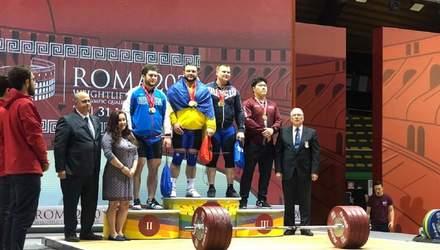 Дмитрий Чумак принес Украине золото Кубка мира по тяжелой атлетике, обойдя двух россиян