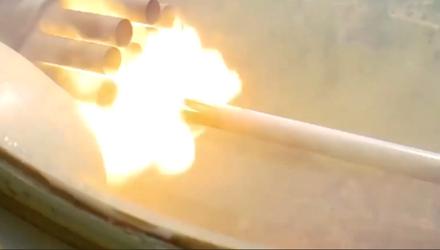 """Техніка війни: Ракети РС-80 """"Оскол"""" прийняли на озброєння. Модернізований винищувач Су-27УБ"""