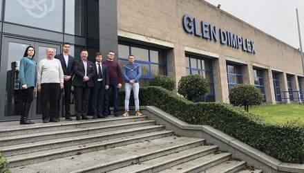 Кращі дилери з продажу електрокамінів Dimplex відвідали масштабний завод в Ірландії