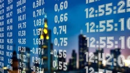 """Фондовые рынки США резко выросли после обвала в """"черный понедельник"""""""