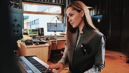 Юлия Санина исполнила стихотворение Лины Костенко в день рождения поэтессы: видео