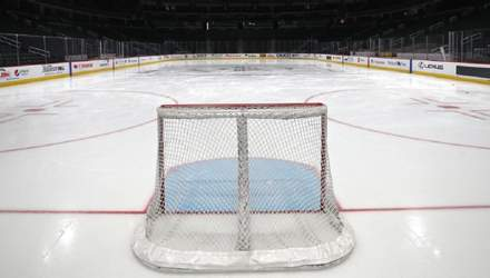 НХЛ може догравати свій сезон влітку: офіційна заява